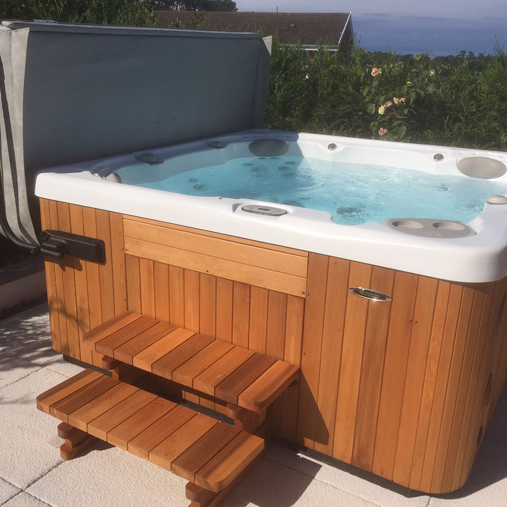 A Hydropool self-cleaning hot tub, available from our Bristol showroom.