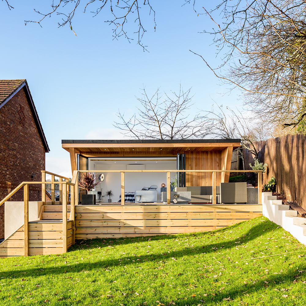 Garden rooms from Hydropool Bristol, ensure quality and maximum utilisation of your garden space.