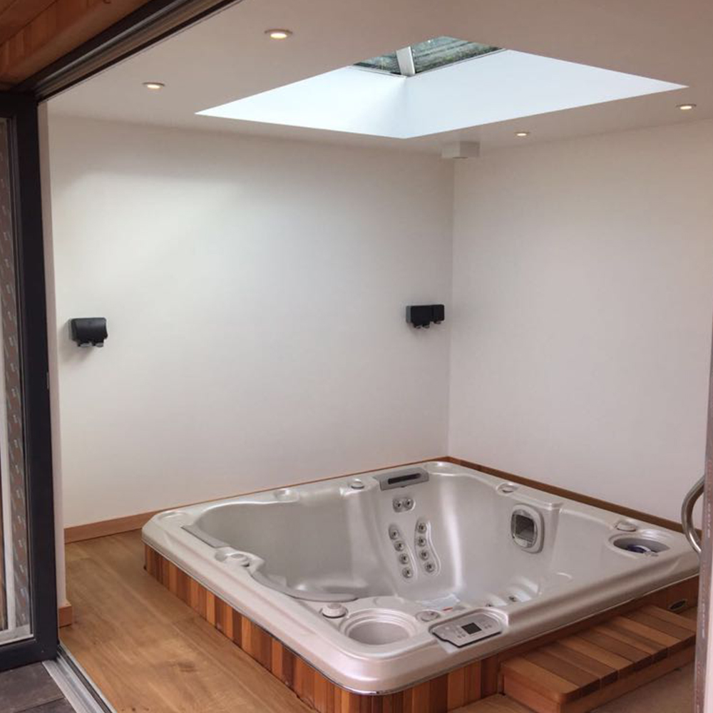 A Hydropool self-cleaning hot tub, available from our Hydropool Bristol showroom. With a range of large hot tubs and small hot tubs, to suit your requirements.